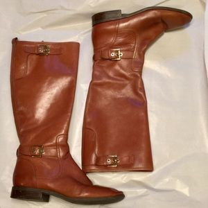 Nine West boots leather with buckle